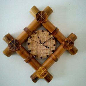 Traditional Handi Craft Clock